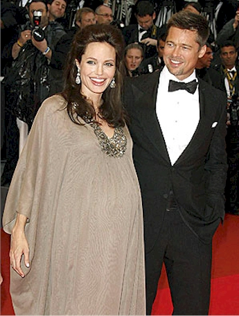 Angelina Jolie's Battle with Stretch Marks and Baby Blues ... Angelina Jolie And Brad Pitt